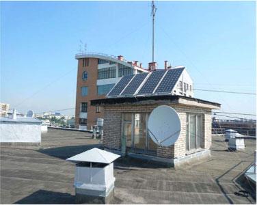 «Корпорация XXII» разработала солнечную электростанцию для освещения подъезда шестнадцатиэтажного дома